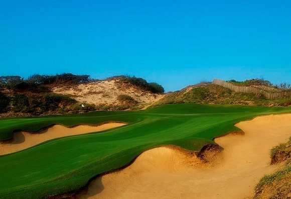 Bluffs Ho Tram Makes Big Jump on Prestigious Golf Digest List