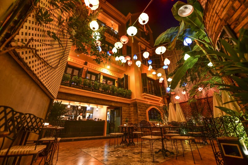 In the lead-up to going global early next year, Paradise Vietnam has opened its second HOME restaurant in Hanoi, called HOME Moc restaurant, that has a cozy-yet-classy ambiance.