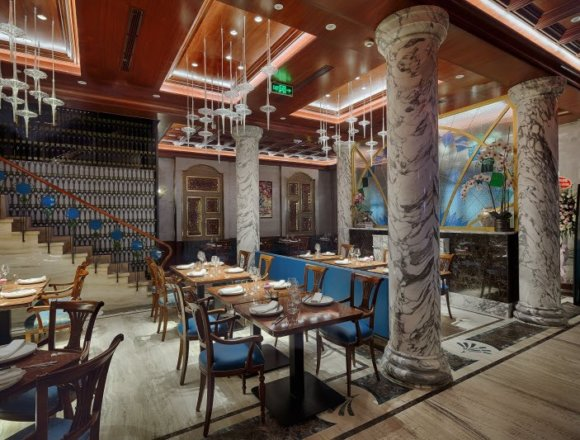 Storied Saigon Restaurant, Vietnam House, Gets a Fresh Look and a Celebrity Chef